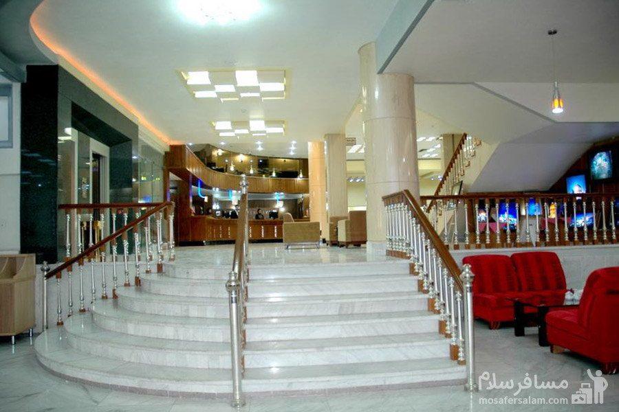 نما روبرو از لابی هتل مینو مشهد