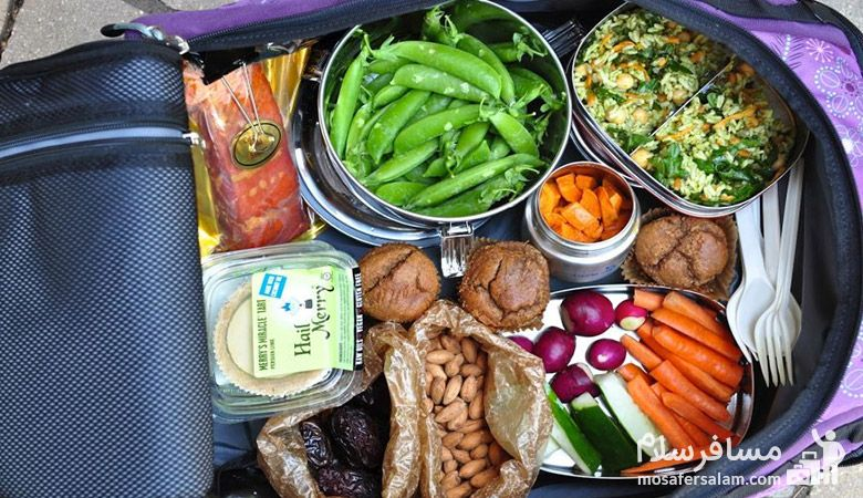 تغذیه ی نوروزی، تغذیه در سفر، سفر نوروزی، گروه گردشگری مسافرسلام