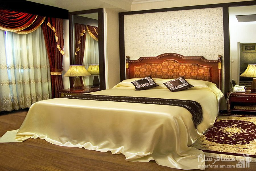 اتاق فدک هتل قصرالضیافه مشهد