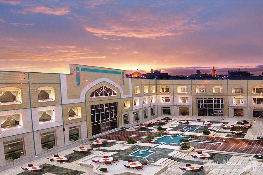 ضلع غربی هتل قصرالضیافه مشهد