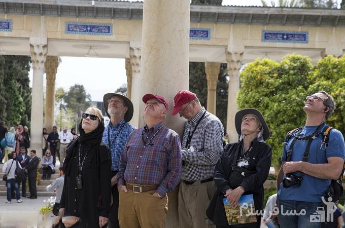 توریست های خارجی در حافظیه شیراز