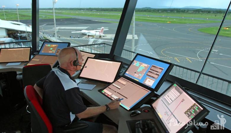 ماموران کنترل ترافیک هوایی