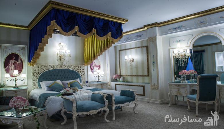اتاق لوکس هتل قصر طلایی مشهد