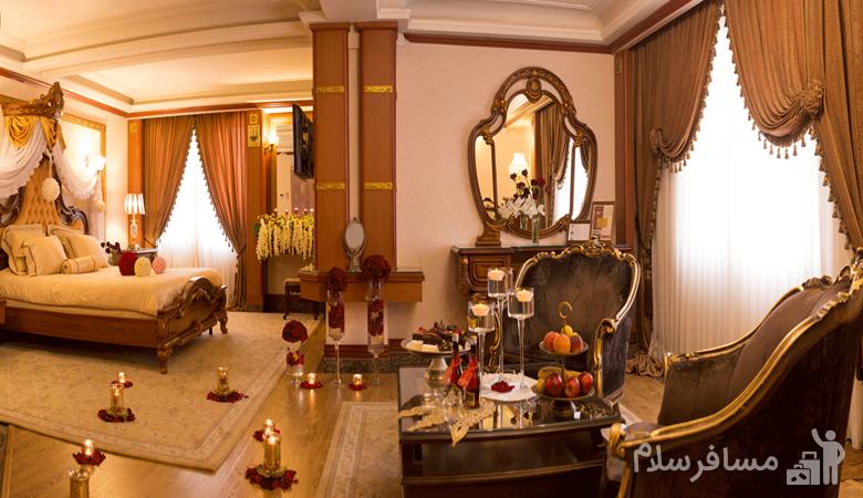 اتاق مخصوص ماه عسل هتل قصر طلایی مشهد