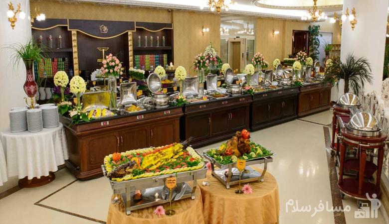 بوفه ناهار هتل قصر طلایی مشهد