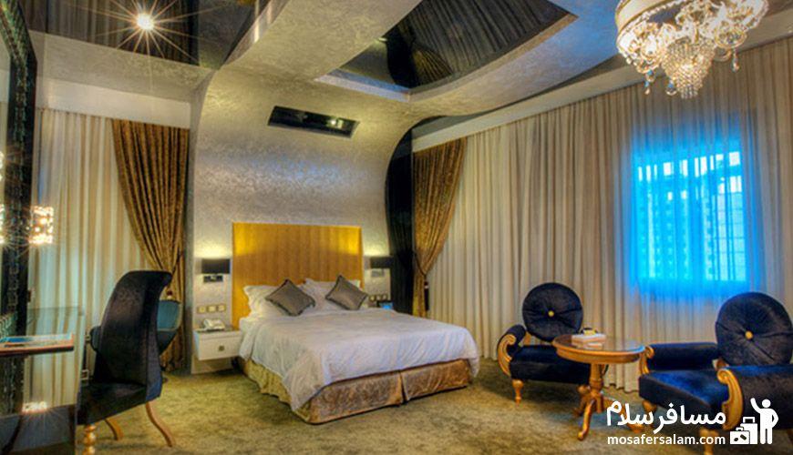 اتاقی زیبا در هتل درویشی