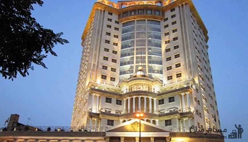 استخدام هتل قصر طلایی مشهد
