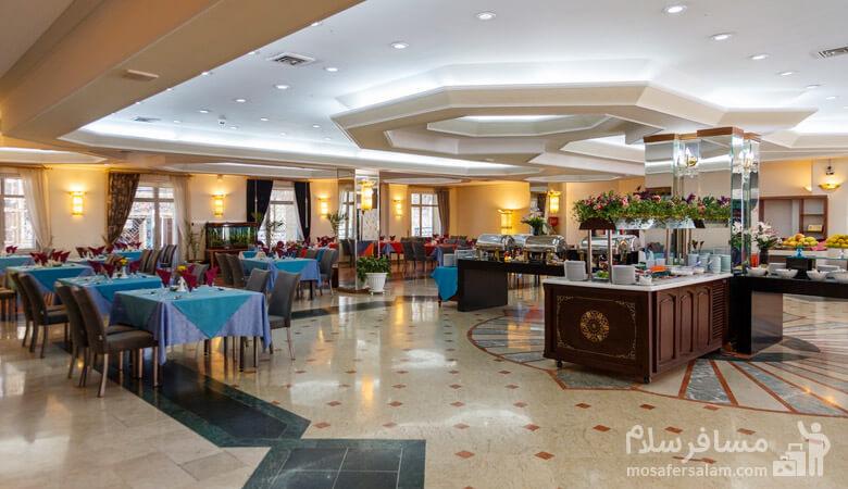 هتل قصرالضیافه، رستوران هتل قصرالضیلفه، رزرواسیون مسافر سلام