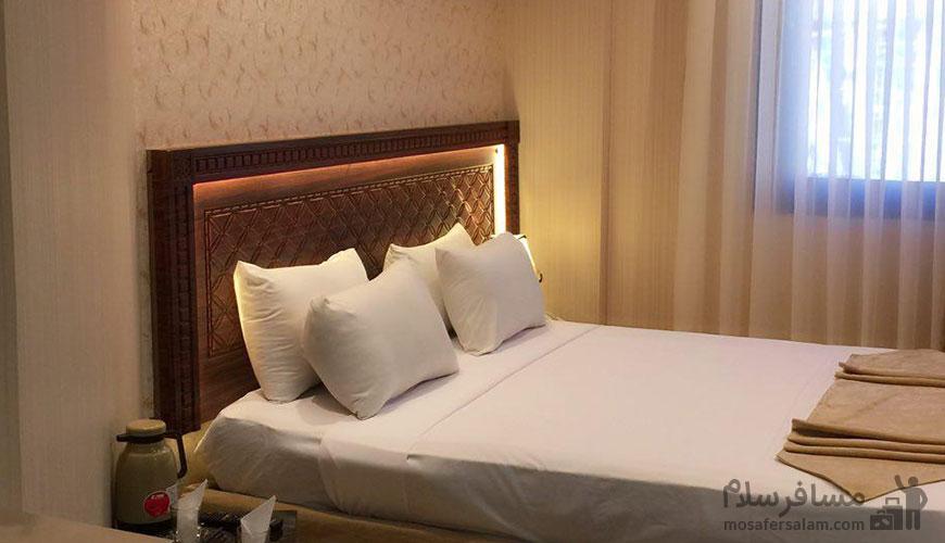 اتاق خواب هتل سقا