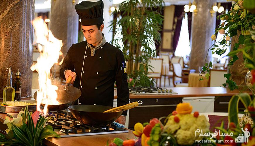 قیمت غذا در هتل قصر طلایی