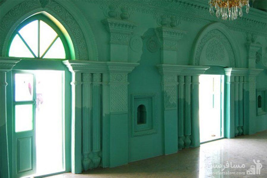 نمای داخلی مسجد رنگونی های آبادان
