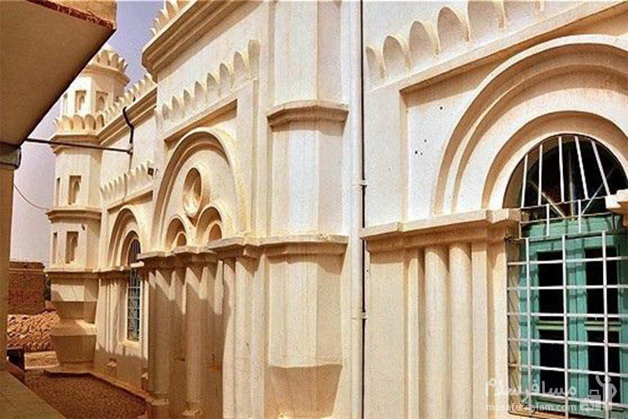 معماری مسجد رنگونی های آبادان