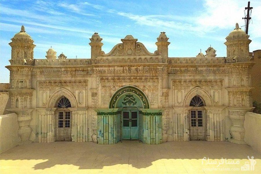 تصویری زیبا از نمای بیرونی مسجد رنگونی ها