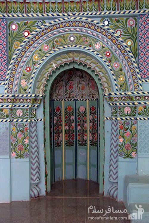 نقش و نگارهای زیبای مسجد