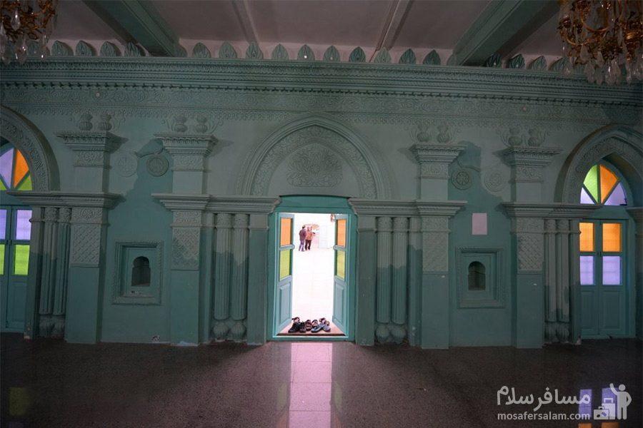 نمای داخلی مسجد رنگونی ها - درب ورودی