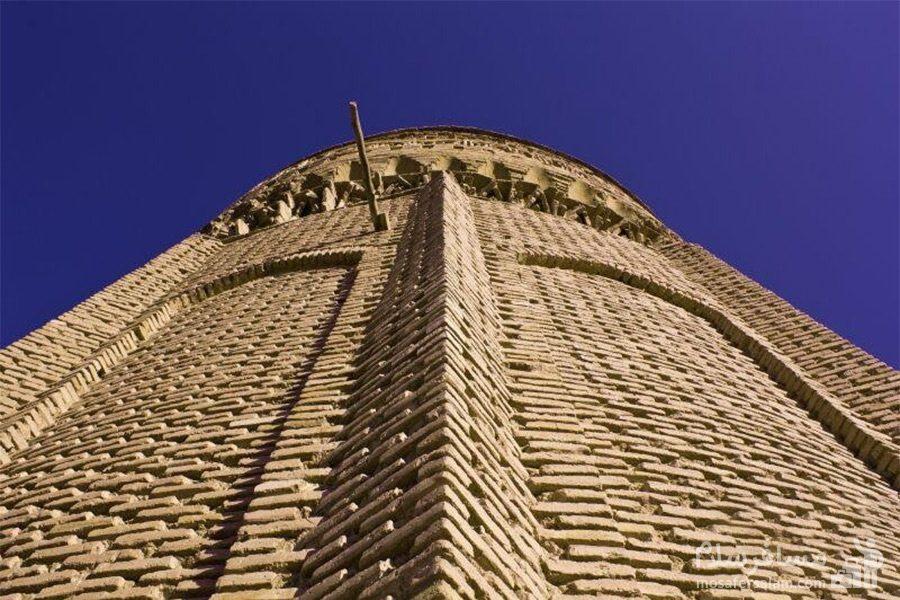 مقرنس کاری برج طغرل دامغان