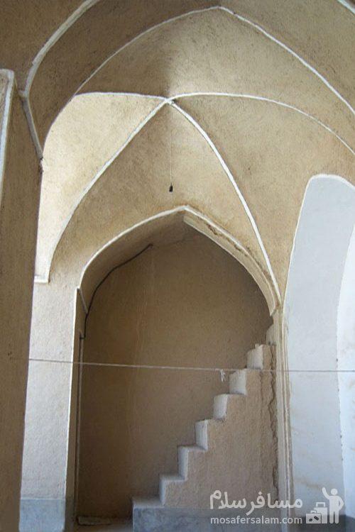 ساختمان مدرسه موسویه