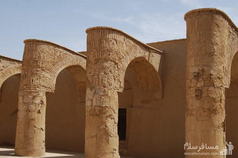آثار تاریخی مسجد تاریخانه دامغان