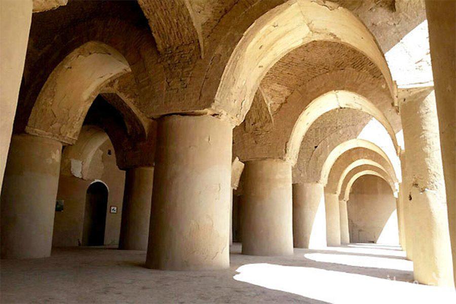 ایوان های مسجد تاریخانه