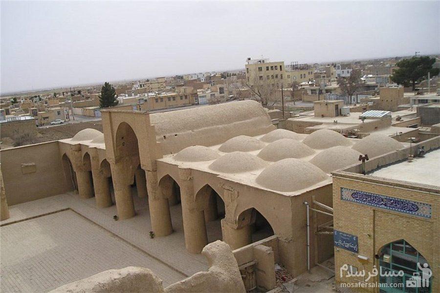 پشت بام مسجد تاریخانه دامغان