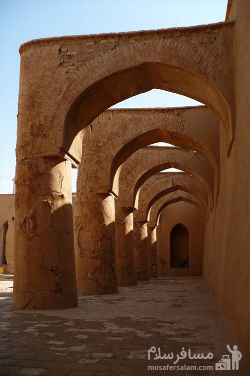 رواق های مسجد تاریخانه