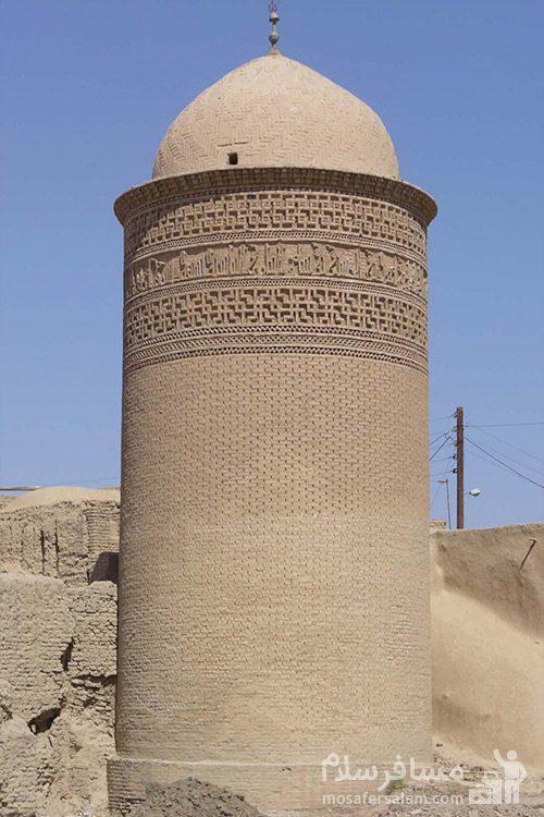 بخشی از برج پیر علمدار