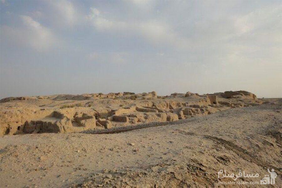 جاده تپه حصار