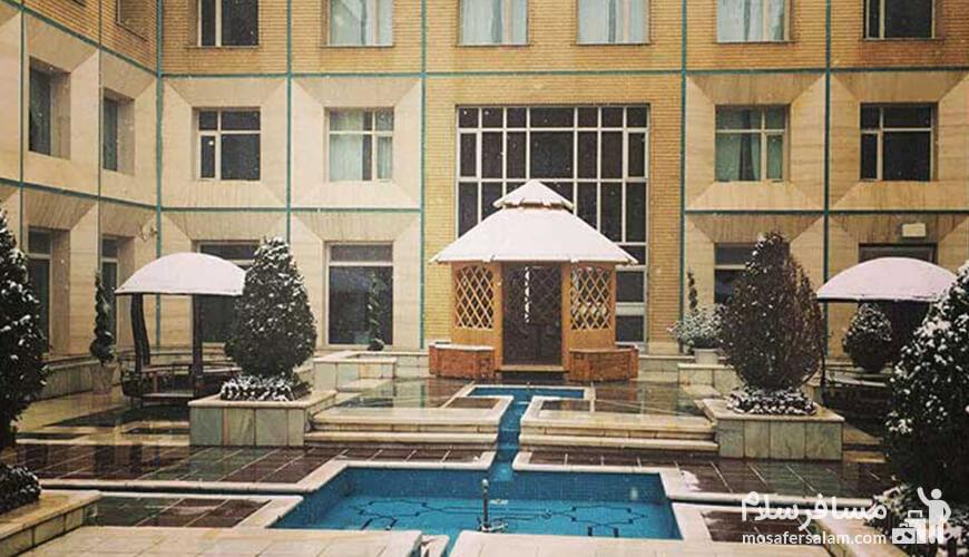 شماره تماس هتل قصرالضیافه