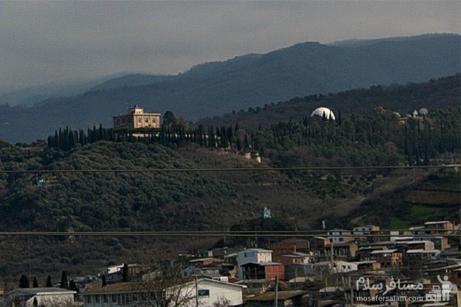 نمایی از کاخ صفی آباد
