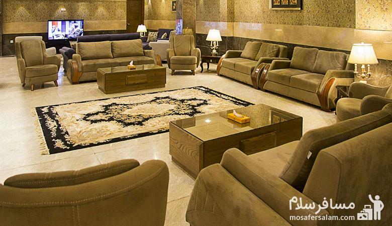 لابی هتل ایران زمین مشهد، هتل ایران زمین مشهد، مسافرسلام، تور مشهد هتل ایران زمین