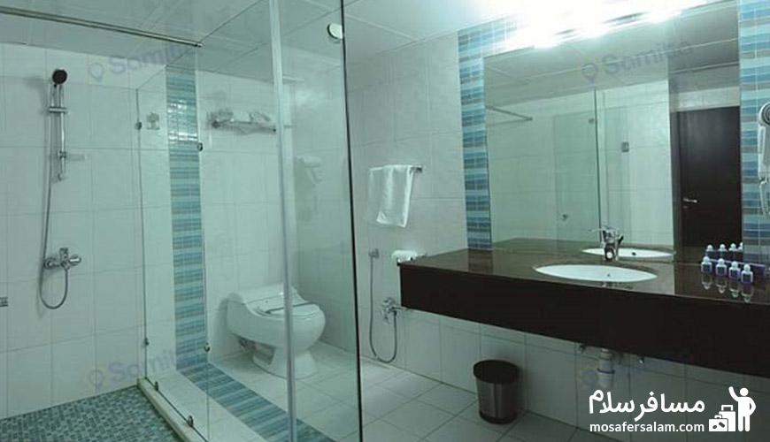 حمام وسرویس بهداشتی هتل تهران مشهد