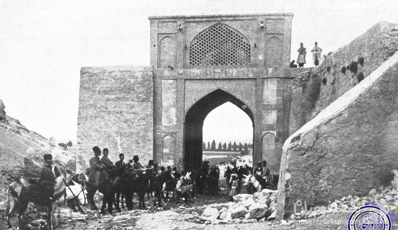 دروازه قرآن قدیم در شیراز