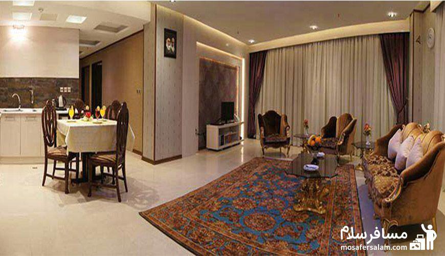 نمایی از هتل سیمرغ فیروزه