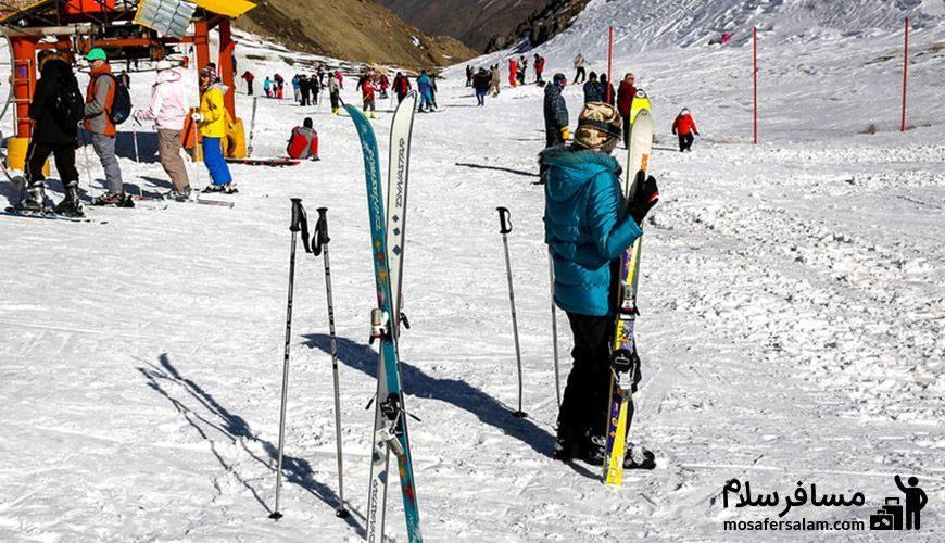 نمایی از اسکی بازان