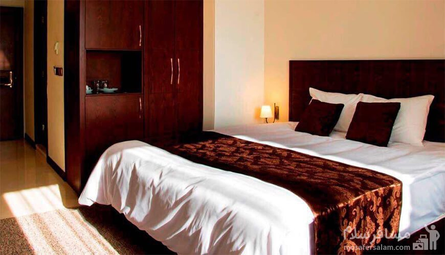 دوتخته دبل هتل جواهر شرق