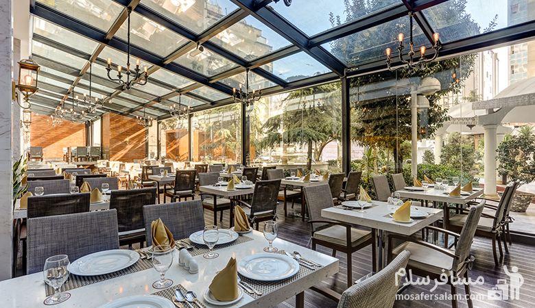 رستوران زیبا هتل انقلاب تهران، رزرواسیون مسافرسلام