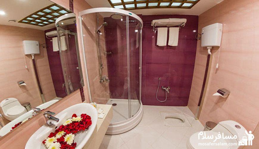 حمام هتل آرمان