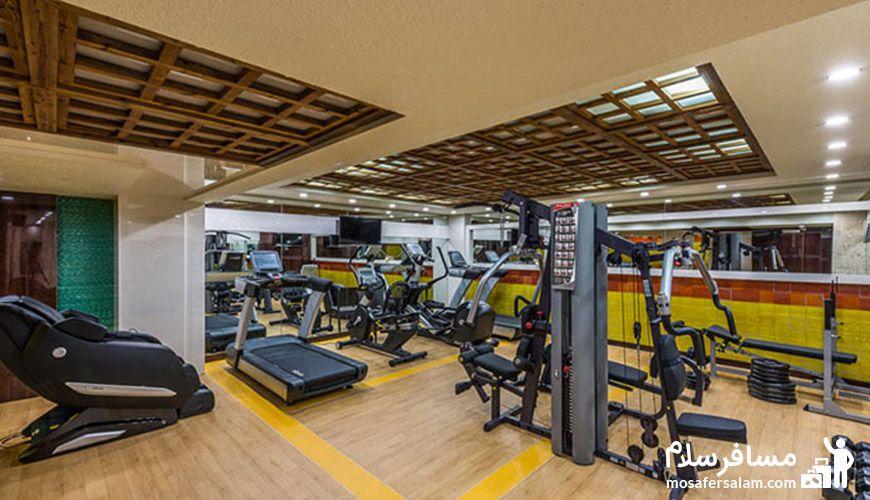 سالن ورزشی هتل آرمان