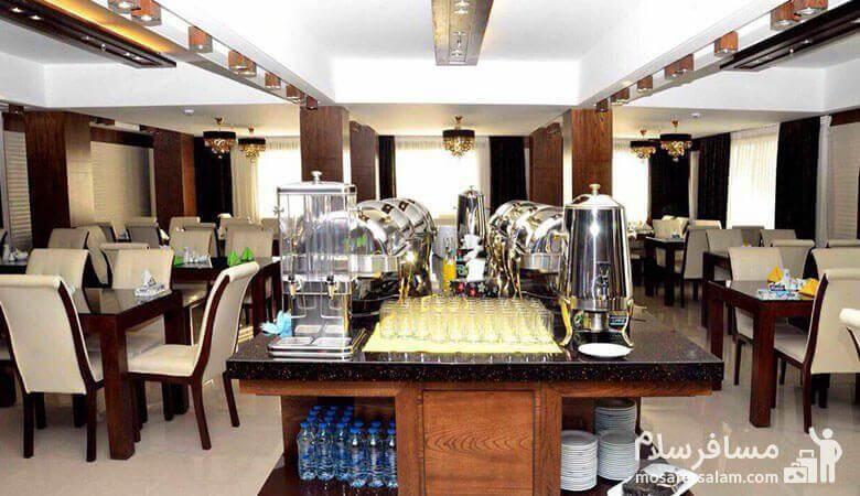 رستوران هتل جواهرشرق