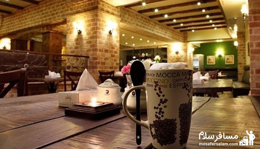 صبحانه 4 ستاره در هتل جواد