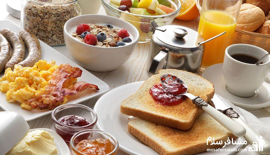 تجربه یک صبحانه 4 ستاره در هتل جواد
