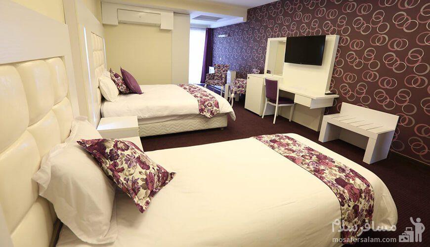 اتاق سهتخته هتل بلوط