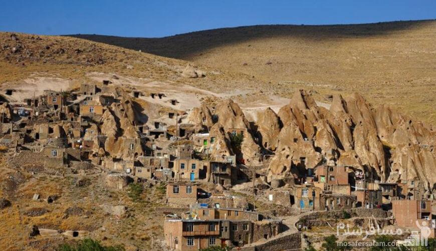 روستا صخره ای کندوان