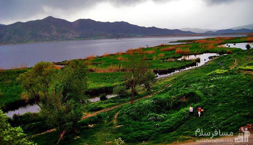 دریاچه زریوار، سنندج