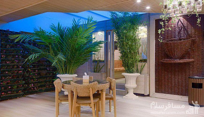 کافه رستوران روف گاردن هتل الماس 2, رزرواسیون مسافر سلام