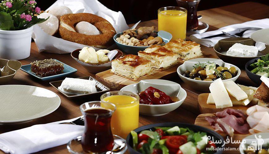 صبحانه رایگان هتل, مسافر سلام