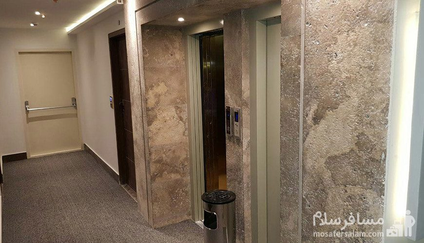 هتل نسیم مشهد ورودی آسانسور