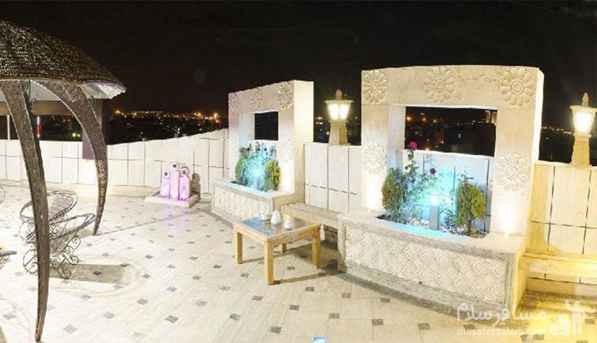 کافه بام هتل اسپینو مشهد, رزرواسیون مسافر سلام
