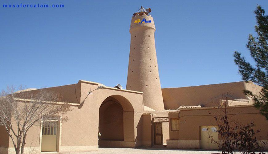 مناره زیبا مسجد جامع فهرج یزد