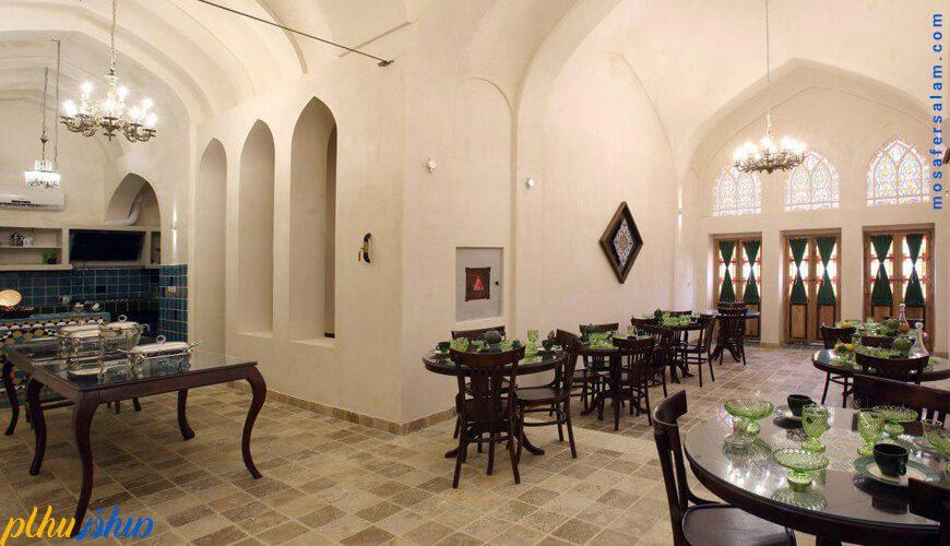رستوران خانه سنتی ادیب کاشان